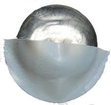 Ilustraciones donde se muestran el 50-60% de la porción inferior de la prótesis cubierta por el Strattice.