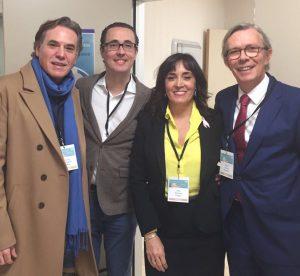 De izq. a dcha.: Manolo Rodríguez Vega, el Dr. Díaz Gutiérrez, la Dra. Ana Jiménez y el Dr. Santos heredero.